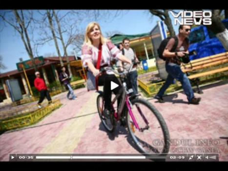 udrea-pe-bicicl